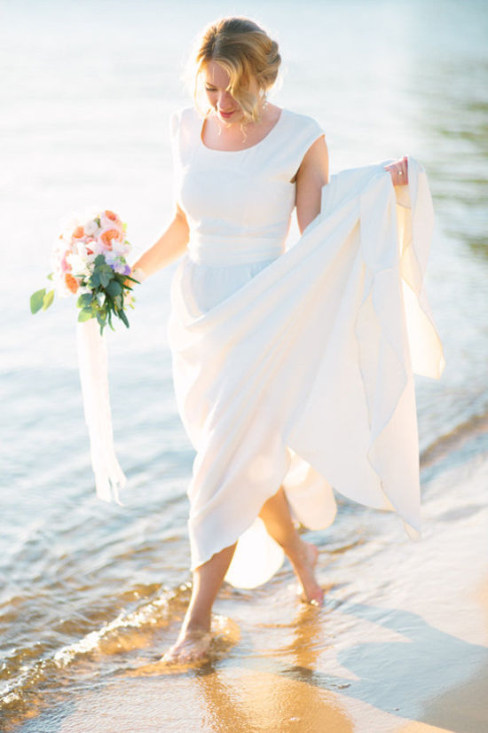 272114_modern-vintage-wedding-on-the-beach-l-blog11654text