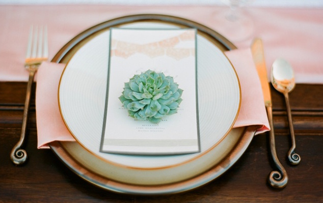 green-wedding-shoes-pastel-spanish-wedding-01