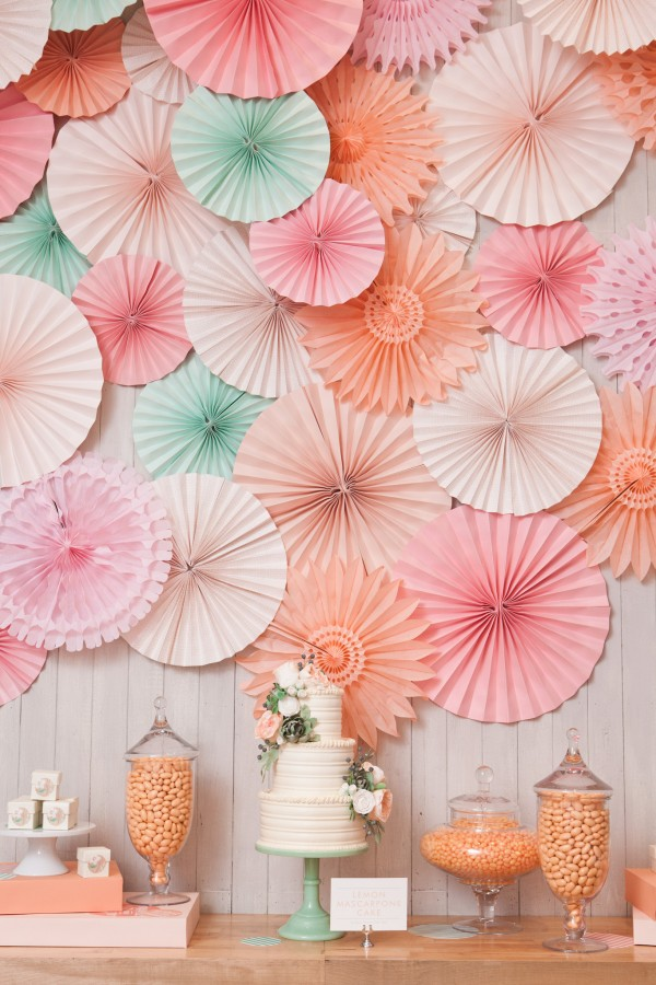 wedding-cake-backdrop-600x900