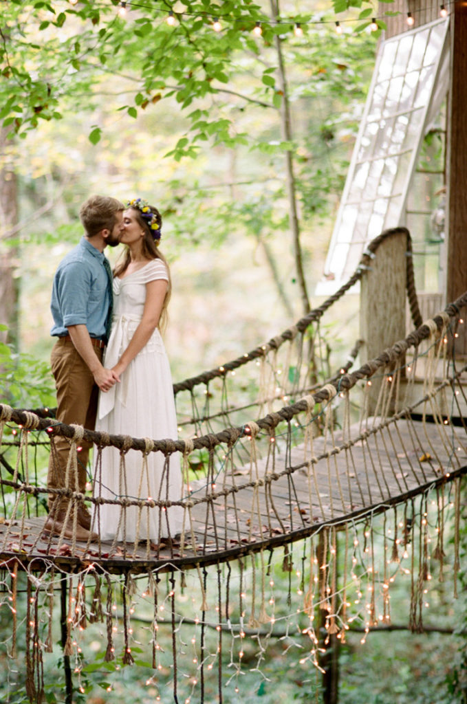 Atlanta-Tree-House-Bride-and-Groom-1