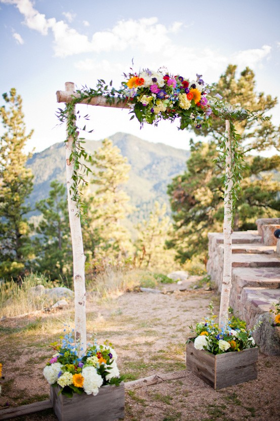 mountain-wedding-ceremony-arch