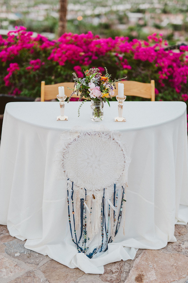 Ruffled - photo by http://eplove.info/ - http://ruffledblog.com/modern-boho-wedding-in-palm-springs